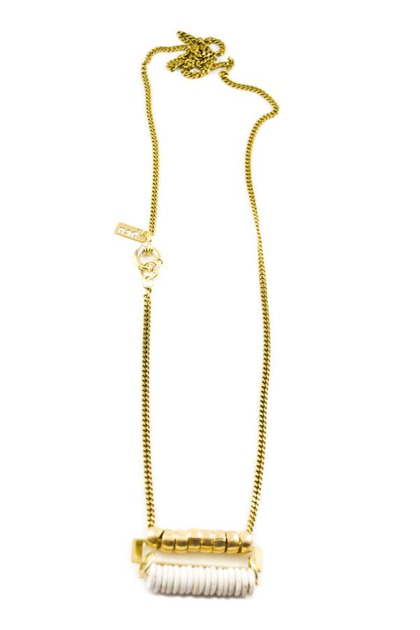 Hen Jewelry Raybeam Collar