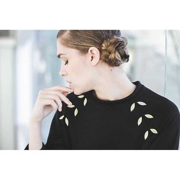 Livlov Black Leaf Sweatshirt