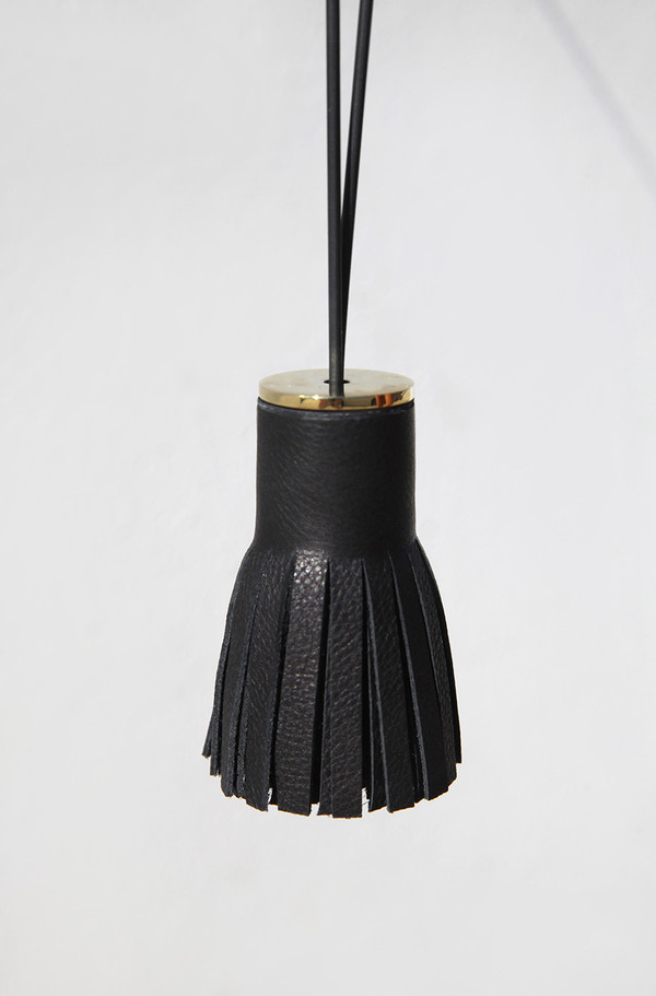 Building Block Black Tassel 4.1