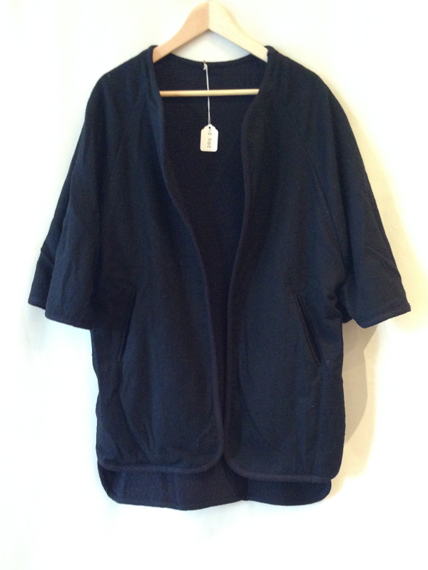 BLACK CRANE reversible poncho