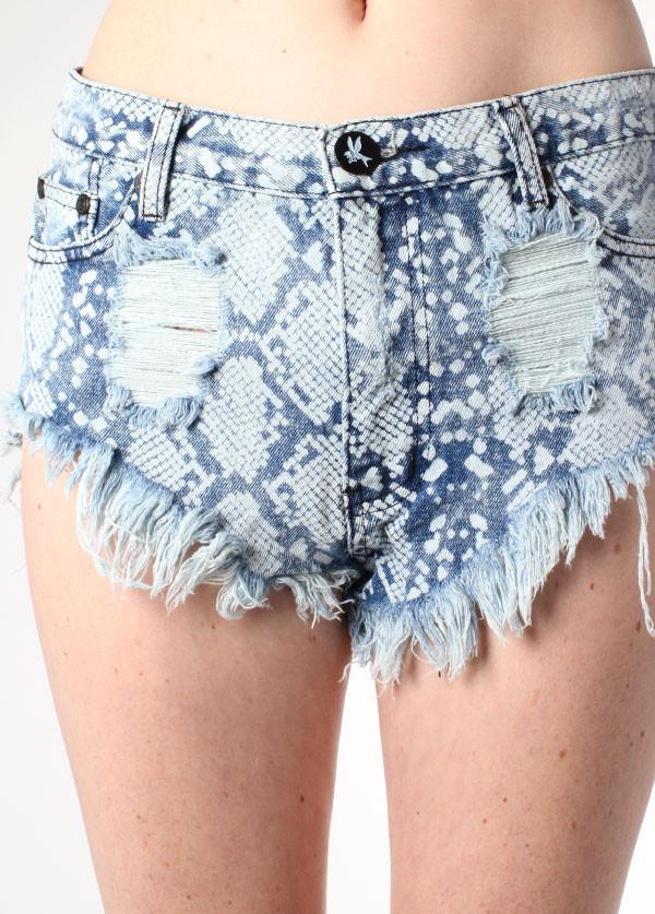 Taipan Roller Shorts