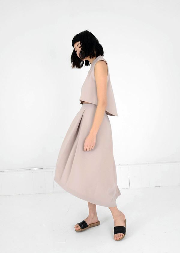 KAAREM Cream Piece of Ring Pleated Midi Skirt