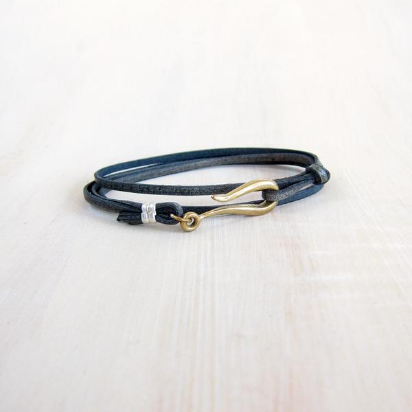 LHN small hook leather bracelet