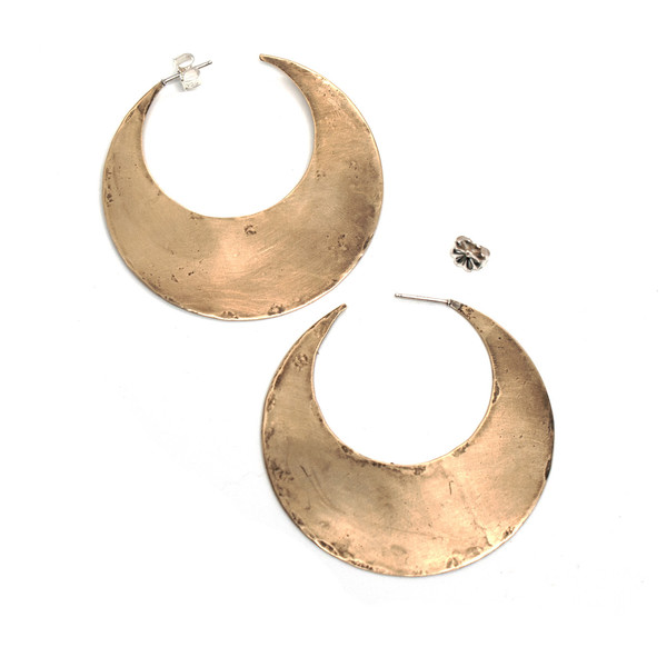 Laurel Hill Crescent Moon Hoops