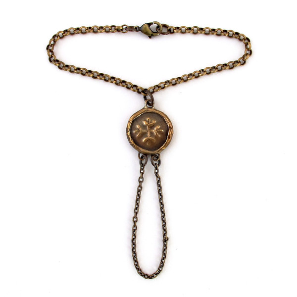 Laurel Hill Medallion Hand Harness