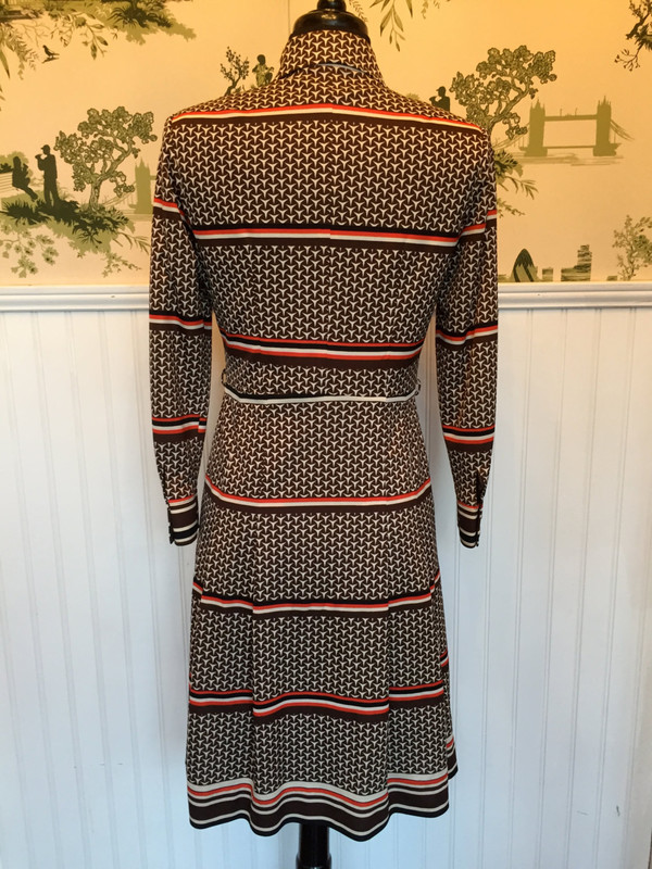 Vintage 70's Mad Men Style Japanese Graphic Print Dress small medium