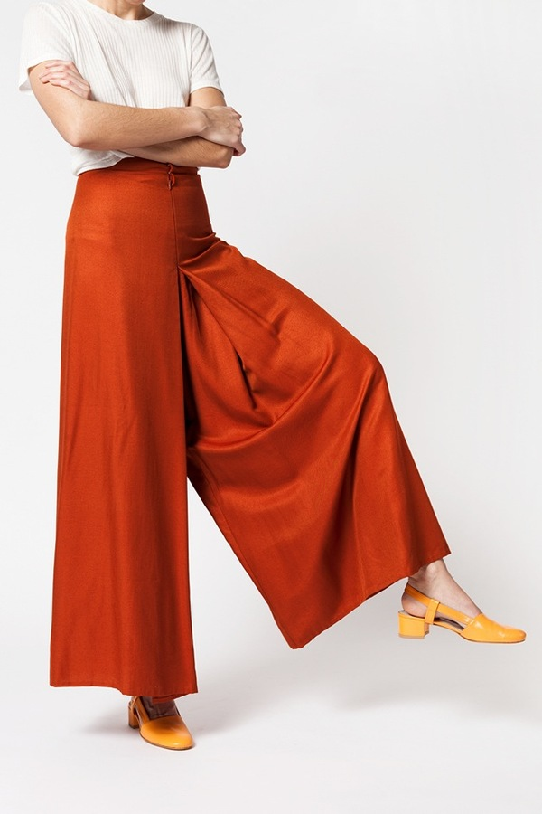 Kaarem Wind Lantern Pant - regale red orange