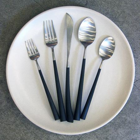 Cutipol 5 piece Noor brushed steel cutlery set