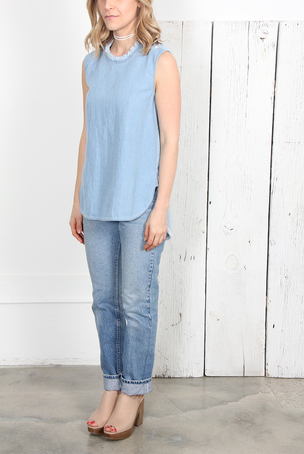 RAQUEL ALLEGRA COMBO LIGHT WASH DENIM MUSCLE TEE