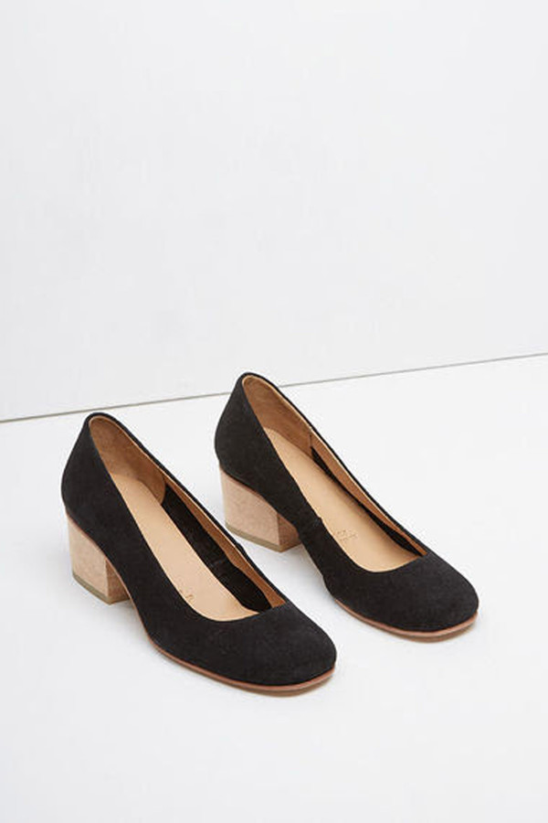 A Detacher Eleanor Pump