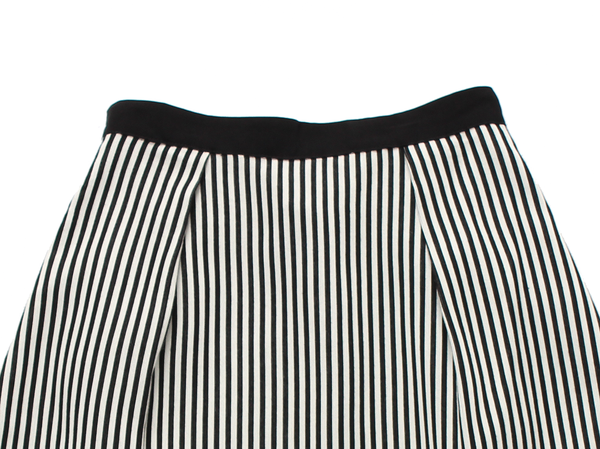 Line & Dot Chrome Midi Skirt