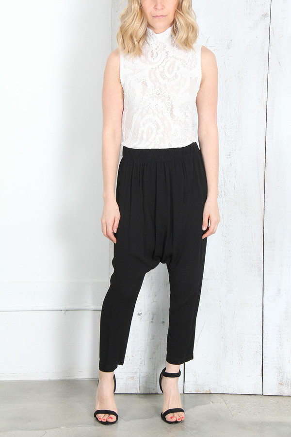 RAQUEL ALLEGRA DROP RISE PANT IN BLACK