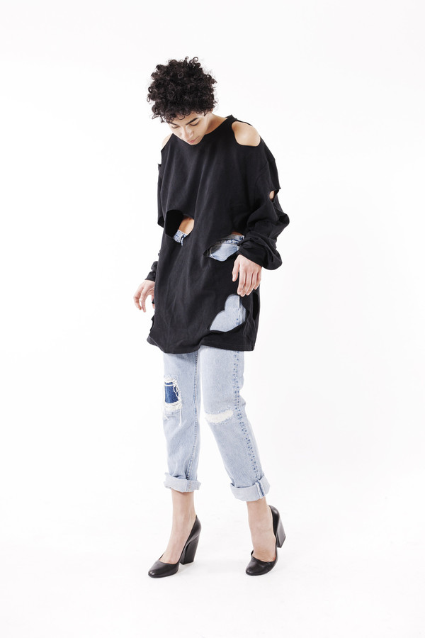 Ikumi Tattered Long Tee (Black)