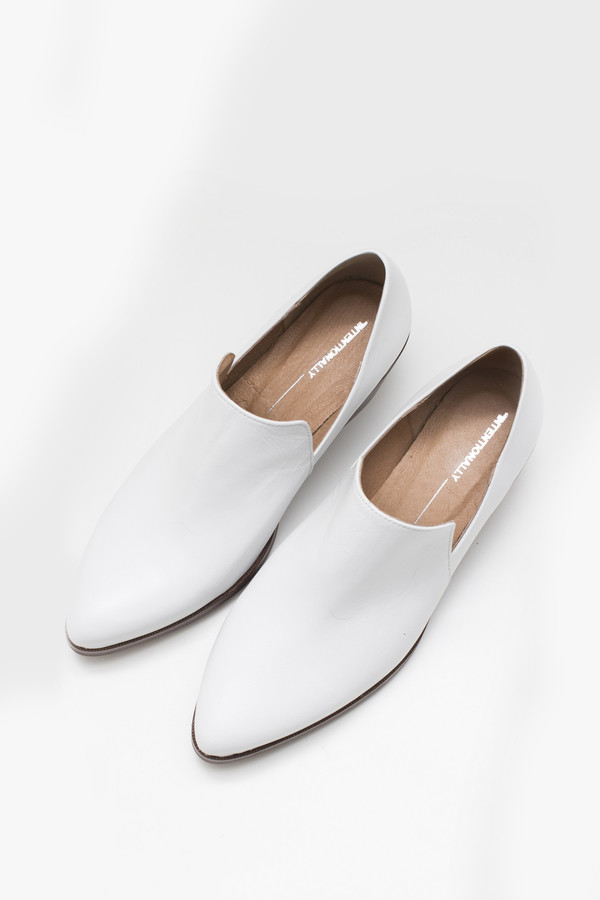 Intentionally Blank Leather Meds Heeled Loafer - White