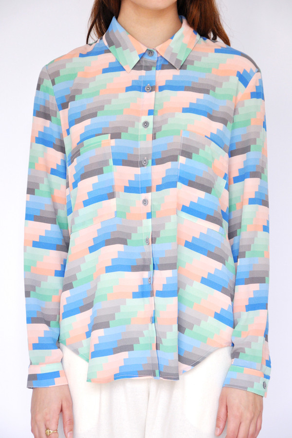 Gradient Stripe Collared Buttonup