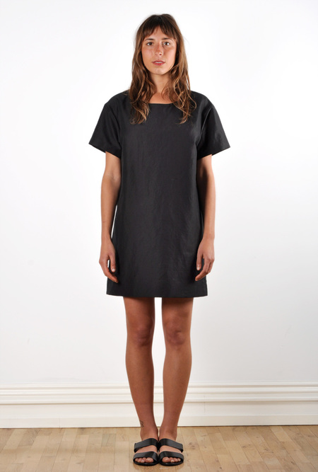 Waltz Drop Shoulder T-shirt Dress in Black Linen/Cotton Twill
