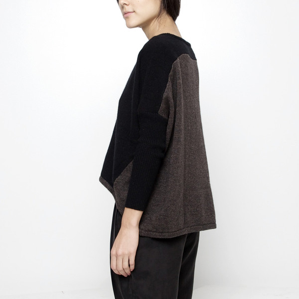 7115 by Szeki Cocoon Sweater FW15 - Black/Brown