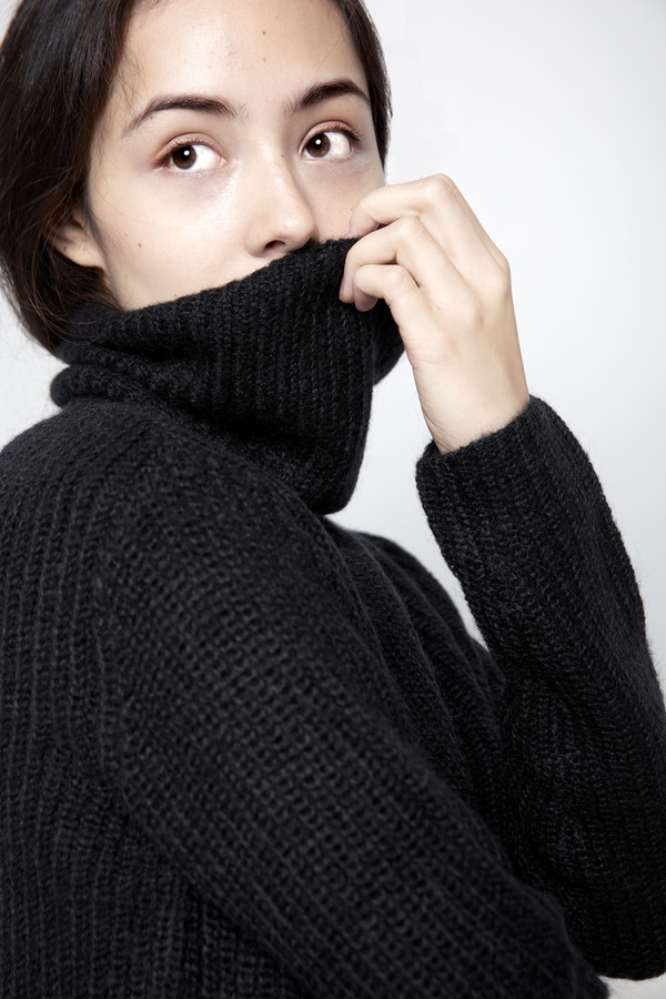 7115 by Szeki Mohair Turtleneck Cropped Sweater FW15 - Black