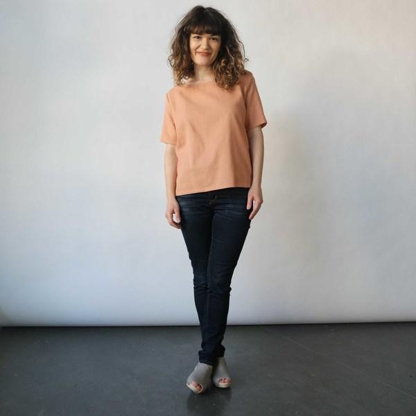 Hanna Matty Tee in Peach