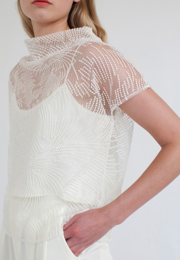 Silvae Hofman Top in Cream Lace