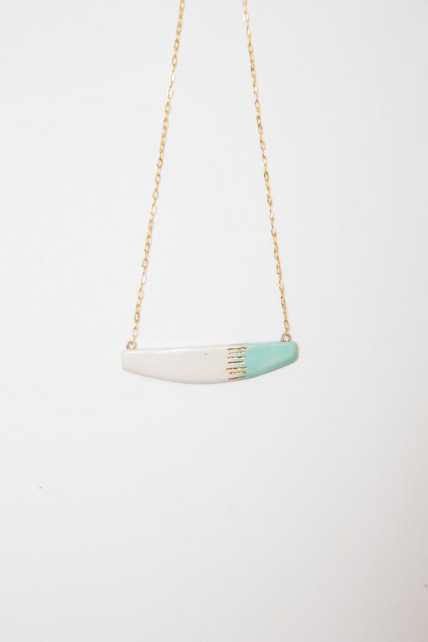 amber e lea aqua asymmetrical necklace