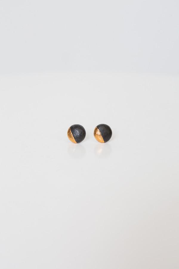 amber e lea black eclipse studs