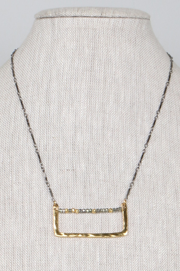 ML7343 Hammered Brass Bar Necklace