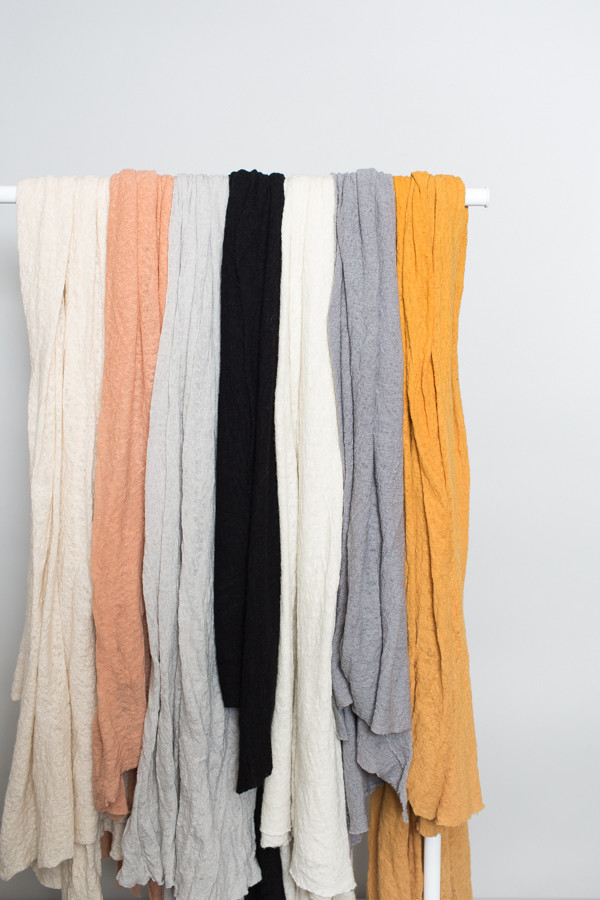 Scarf Shop Wool Cloud Scarf / Pale Peach