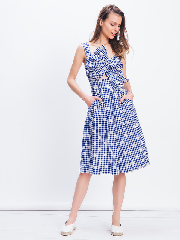 WHiT KNOT DRESS