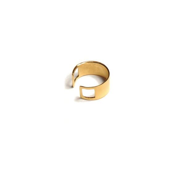 ALYNNE LAVIGNE - Solid Ring