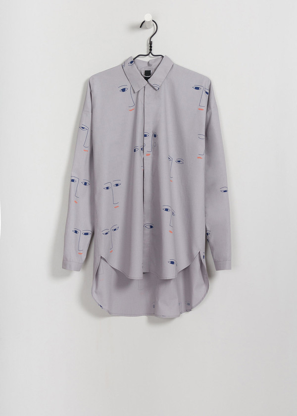 KOWTOW Cast Shirt Faces in Faces on Gray