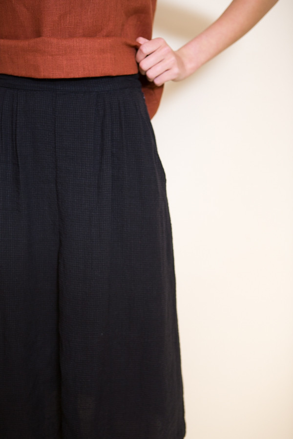 First Rite Pleated Skirt / Black