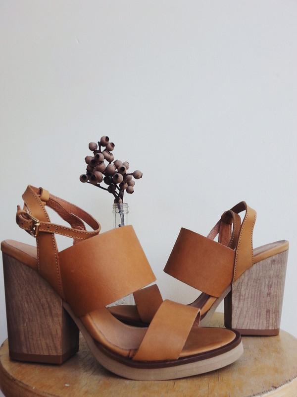 L'Intervalle Muflony Sandal (Honey Leather)