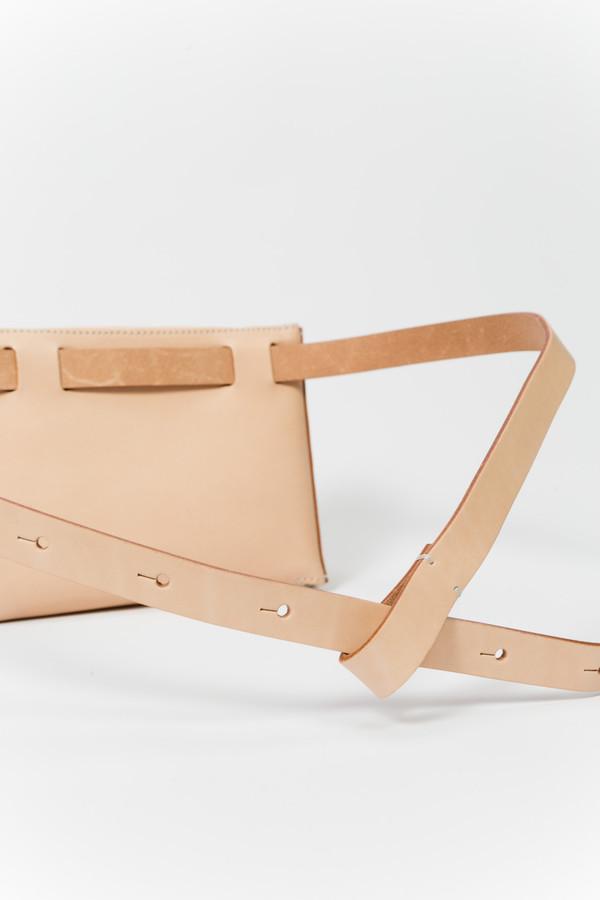 Building Block Beltpack in Nude