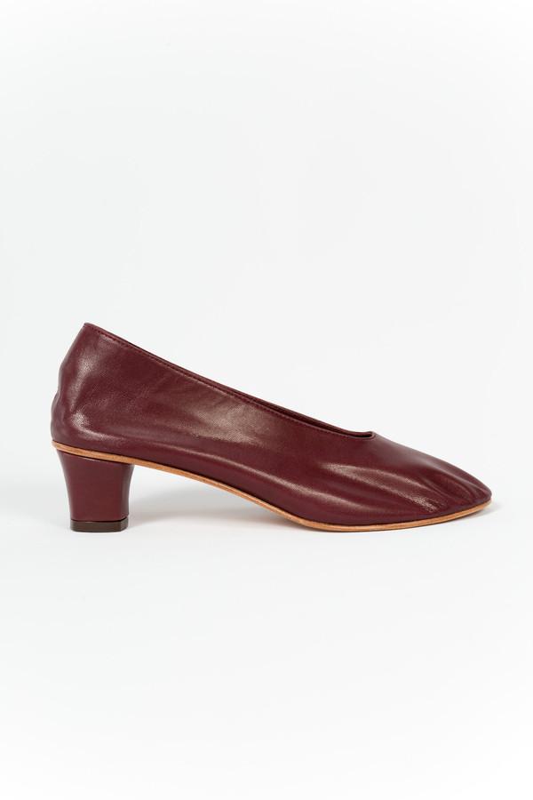 Martiniano High Glove Shoe