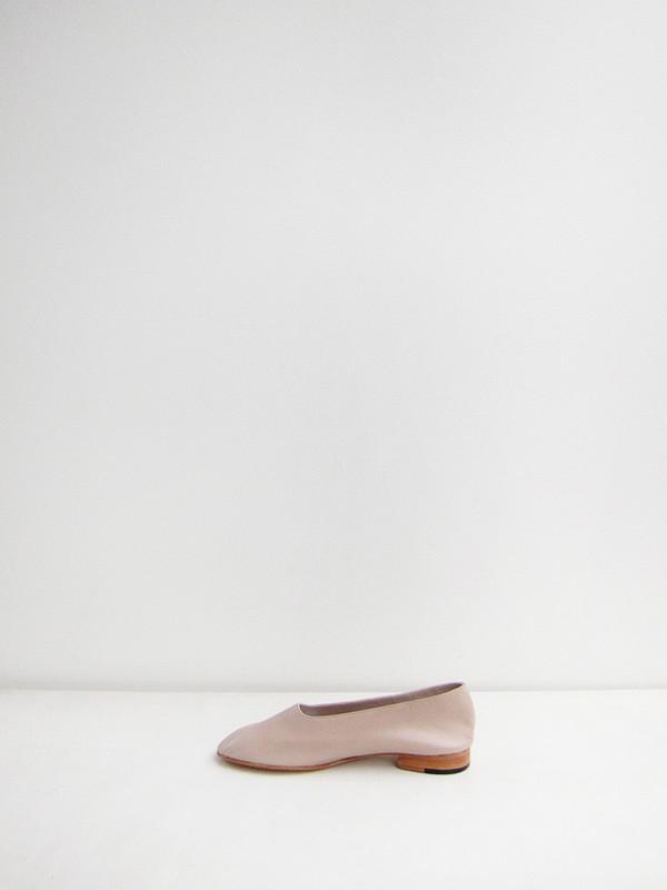 Martiniano Glove Flats - Antelope
