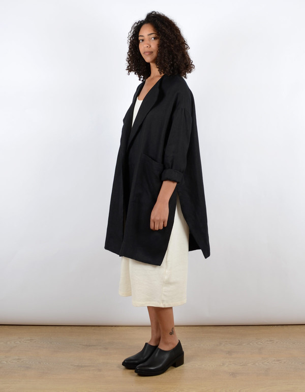 Sunja Link Collarless Coat Black
