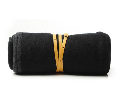 Oyuna Black Daya Cashmere Travel Blanket