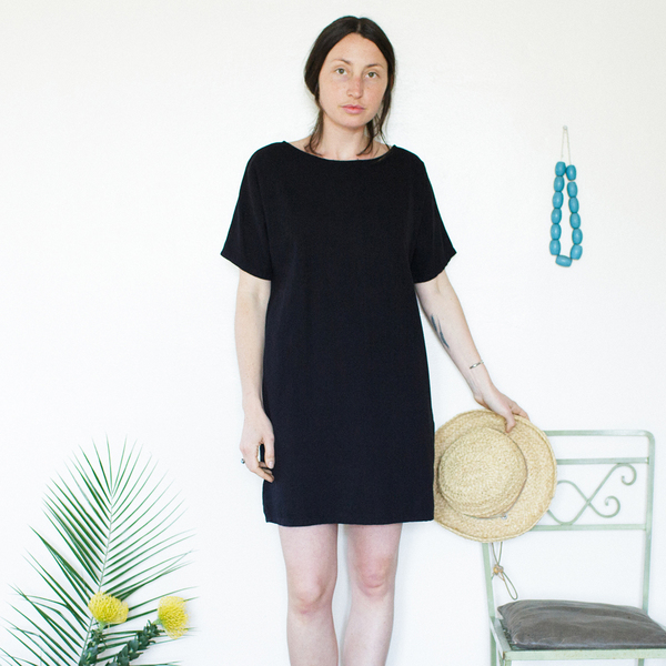 Me & Arrow Sleeve Dress Black