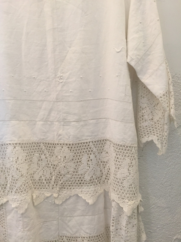 Place Nationale Sleeved Kaftan Lace Mini Dress