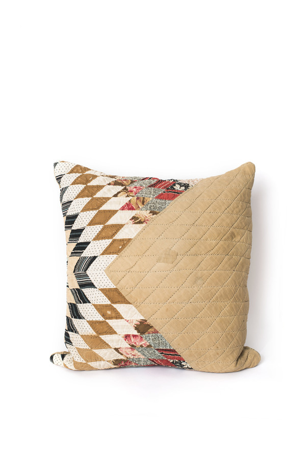 Carleen Quilt Pillows