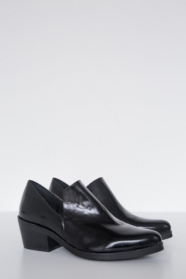 Intentionally Blank Leather Meds Heeled Loafer