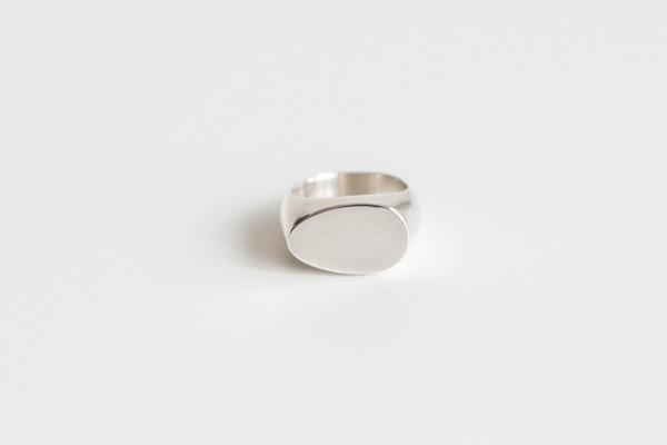 Muraco Wolfe Egg Signet Ring
