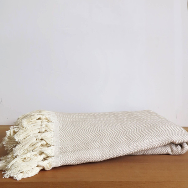 Sunday Dry goods Zigzag Throw Blanket