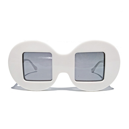 Slow and Steady Wins the Race Circle Frame Square Lens in White