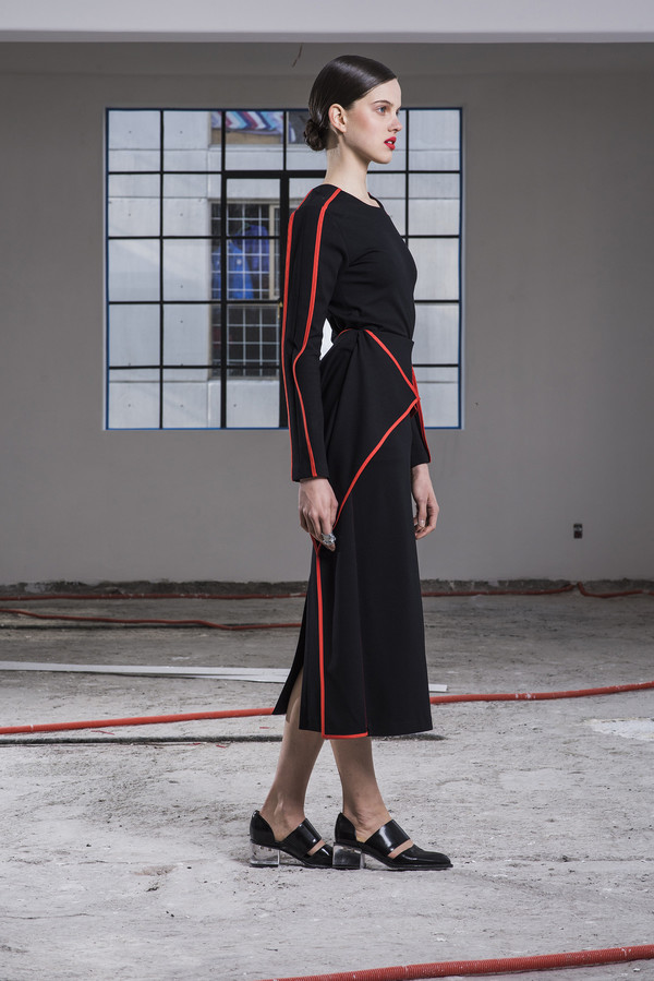 CIHUAH C02#09 TRAPEZOID SKIRT WITH RED BORDER