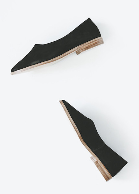 Osborn - Flats in Deep Black