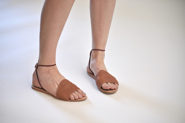 The Palatines Shoes Refero Sandal - Rust Leather W Wine Elastic