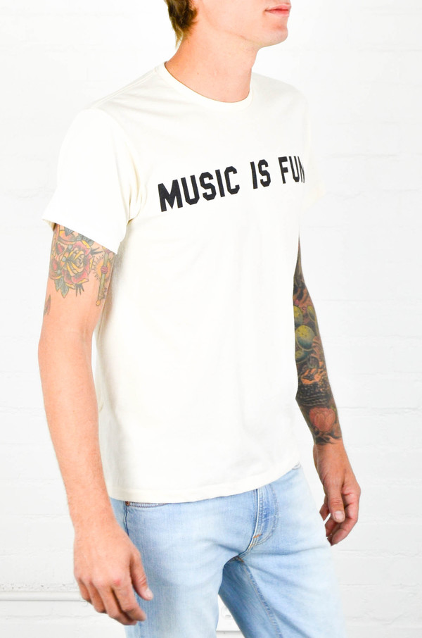 Men's 18 Waits 'Music Is Fun' Tee