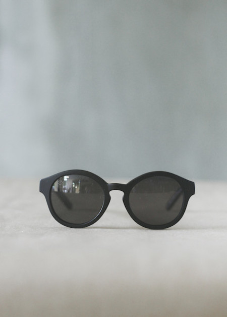 Raen Optics - Flowers in Matte Black